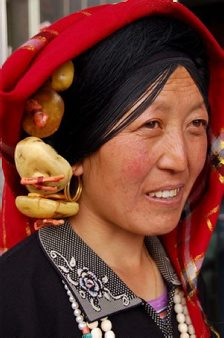 Tibetan woman at Songpan