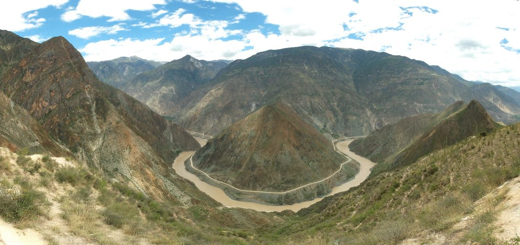 China, Yunnan, Benzilan, 2150m, great bend Yangtze river