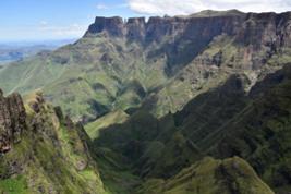 Drakensbergen, view from Sentinel Peak