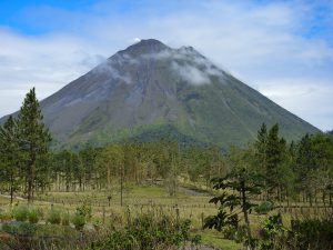 Volcano Arenal (1657m)